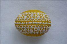 Žluté kraslice / Zboží prodejce Pippa | Fler.cz Egg Shell Art, Egg Shells, Line Design, Easter Eggs, Patterns, Spring, Eggs, Easter, Paintings