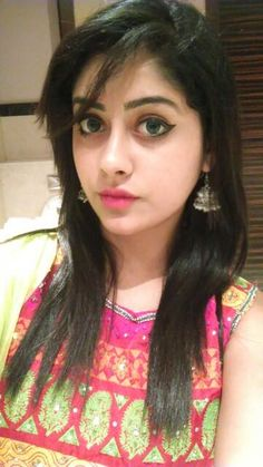 Nice british pakistani girl selfie for tmb