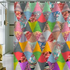pretty shower curtain  (Maybe i could make my own patchwork shower curtain.  Pinterest, i love you!)~lvt