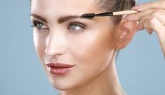 Eyebrow maintenance still seems to be an underrated practice. We all have gone through patchy days when we fret over wrongly done eyebrows, or the Best Eyebrow Makeup, Best Eyebrow Products, Eye Makeup, Eyebrow Pencil, How To Thicken Eyebrows, How To Grow Eyebrows, Beauty Hacks Lips, Beauty Makeup Tips, Tweezing Eyebrows
