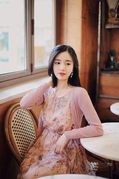 milkcocoa(MT) daily 2018 feminine& classy look - Her Crochet Japanese Fashion, Asian Fashion, Fashion Beauty, Fashion Looks, Modern Fashion Outfits, Fashion Dresses, Feminine Dress, Feminine Style, Korean Beauty Girls