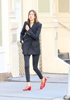 Alexa Chung Has the Season's Most Game-Changing Heels