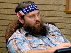 """A recap of Duck Dynasty Episode 22, """"Spring Pong Cleaning""""."""