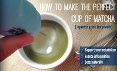 Make the perfect cup of matcha on www.PopularPaleo.com