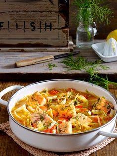 Wir lieben warme Suppen, wenn es draußen kalt ist. Setze schnell einen großen Topf auf und würze gerne etwas schärfer- damit wird deine