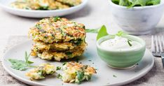 Raw Food Recipes, Healthy Recipes, Veggie Fritters, Potato Pancakes, Homemade Breakfast, Vegetarian Cheese, Quinoa, Meal Planning, Vegetables