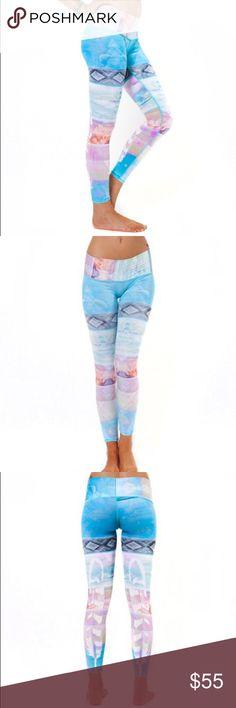 Teeki yoga pants Teeki hot pant size small. Tarrot magic. Perfect condition lululemon athletica Pants Leggings