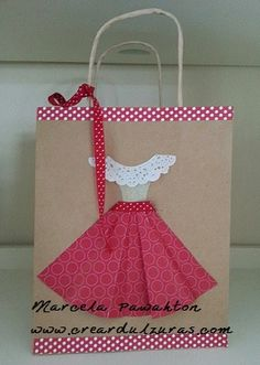 Estas bolsas fueron hecha para el día de la madre al cual use vestidos, flores y más!!!!!