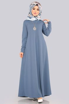Open Indigo Hijab Dress with Necklace Muslim Women Fashion, Islamic Fashion, Abaya Designs, Dress Designs, Frock Design, Abaya Mode, Moslem Fashion, Hijab Style Dress, Pakistani Dresses Casual