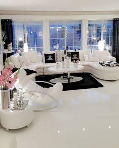 Classy living room, glamour living room, big living rooms, home living room, Classy Living Room, Living Room Decor Cozy, Home Living Room, Apartment Living, Living Room Designs, Fancy Living Rooms, Cozy Living, Living Area, Dream Rooms