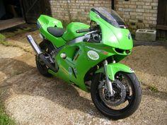 Kawasaki ZX6R track bike - Past bike
