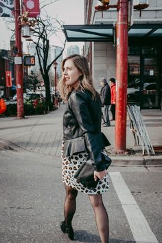 A simple fall outfit for date night. Black and leopard print.