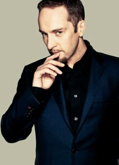 "Derren Brown (Who cares he's gay? Haven't you heard of ""Brain is the new sexy""? His profession makes him so sexy!)"