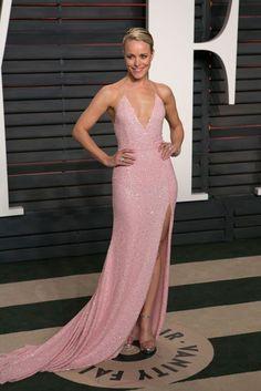 Rachel McAdams in a Naeem Khan gown. - Oscars 2016: Red Carpet Dresses & Fashion | British Vogue