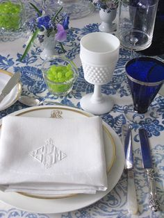 """""""The Pink Pagoda: Blue and White Monday at the Table""""...another blue and white table-setting...the freshness of it."""