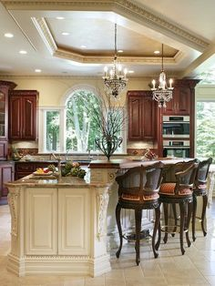 Traditional Kitchen Design Ideas, Pictures, Remodel and Decor - http://centophobe.com/traditional-kitchen-design-ideas-pictures-remodel-and-decor-4/ -