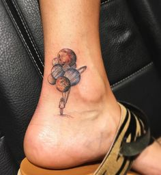Planet Balloons on Girls Ankle | Best tattoo ideas & designs
