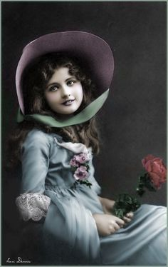 Sweet Vintage Abbildungen, Album Vintage, Vintage Labels, Vintage Girls, Vintage Beauty, Vintage Postcards, Vintage Children Photos, Vintage Photos Women, Images Vintage