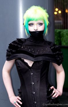 High Collar Studded and Layered Shoulder Piece by Twilight Siren, modelled by Iska Ithil