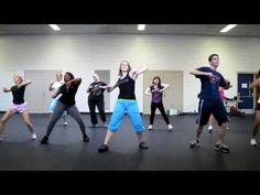 Zumba - this video made me smile! love all the different types of people and varied levels of coordination. definitely want to give zumba a try! Zumba Fitness, Fitness Diet, Health Fitness, Sport Motivation, Fitness Motivation, Zumba Videos, Workout Videos, Fun Workouts, At Home Workouts