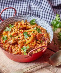 Kolbászos-lecsós tarhonya recept | Street Kitchen