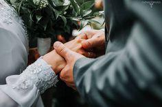 Czasami w takim uścisku jest więcej niż w słowie. KA . . . ZAPAROWANA.PL #weddingphotography #weddingphotographer#wedding #slub  #love #fotografiaslubna #fotografslubny #instawedding #weddingphoto #justmarried #lovestory #igerspoland #igerswarsaw #vzcopoland #vzcowarsaw #artofvisuals #fotografwarszawa #lookslikefilm #lookslikefilmpoland #junebugweddings #dirtybootsandmessyhair #thisdarlinglove #firstsandlasts #belovedstories #sisterphotogs #fotografwarszawa #intimatewedding #slubnaglowie…