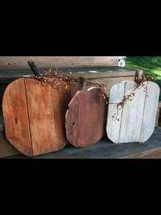 Wood rustic pumpkins set fall farmhouse porch fall entryway fall home decor in orange and white Autumn decorations primitive pumpkins, Pallet Crafts, Pallet Art, Wood Crafts, Felt Crafts, Decor Crafts, Wood Pumpkins, Fall Pumpkins, Fall Projects, Wood Projects