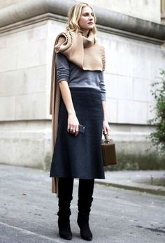 Get This Street Style Star's Insanely Chic Turtleneck Scarf Look