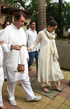 Pakistani White Dress, Pakistani Outfits, Indian Outfits, Indian Party Wear, Indian Wear, Salwar Kurta, Designer Anarkali Dresses, Bollywood Dress, Indian Designer Suits