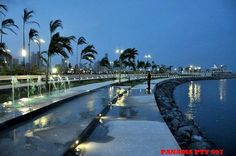 Cinta costera night fall. How beautiful is my Panama