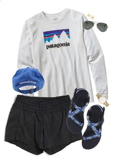 Trendy Ideas beach camping outfits winter Think about going to a camp that Teenage Outfits, Lazy Outfits, Cute Comfy Outfits, Trendy Outfits, School Outfits, Casual Sporty Outfits, Everyday Outfits, Summer Camp Outfits, Outfits Winter