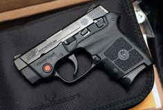 Smith & Wesson Bodyguard Crimson Trace Laser .380 ACP [1509x1024]   Source: http://i.imgur.com/7KJBnXK.jpg?1