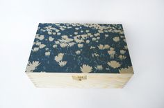 DECORATED wooden BOX with daisies cyanotype by StunningInstants