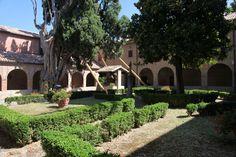 Convento francescano. Cloister of St. Francis.