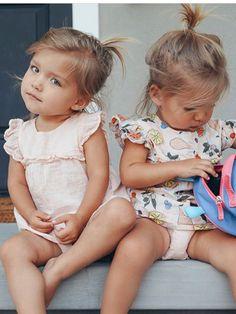 Cute Family, Family Goals, Tatum And Oakley, Cute Twins, Kardashian, Toddler Girl, Flower Girl Dresses, Future, Wedding Dresses
