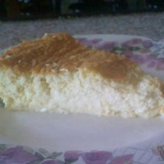CRUSTLESS COCONUT CUSTARD PIE COURSE: DESSERT CUISINE: AMERICAN KEYWORD: DAIRY FREE PIES, LOW CARB PIES PREP TIME: 5 MINUTES COOK TIME: 1 HOUR TOTAL TIME: 1 HOUR 5 MINUTES SERVINGS: 8 PEOPLE CALORIES: 187 KCAL AUTHOR: LISA   LOW CARB YUM A delicious low carb dairy free crustless coconut pie that's easy to make. Simply combine all ingredients in a blender before baking. INGREDIENTS 1 cup unsweetened coconut 4 eggs 3/4 cup coconut milk 1 1/2 teaspoon stevia liquid extract or equivalent 1…
