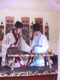 Hanfu yueyao - Han (ethnie) — Wikipédia