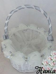 Jeden svatební košíček
