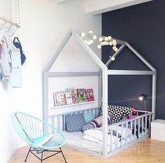 This is how my sons room looks like. I made this DIY bed or playhouse for him a year ago. I like accapulco and the lights next to the house. Girl Room, Girls Bedroom, Home Decor Bedroom, Living Room Decor, Ok Design, Creative Kids Rooms, Diy Bed, Room Inspiration, Toddler Bed