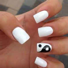 ying yang nail art
