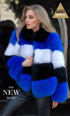 Any breach of copyright was unintentional and copyrighted photos will be removed upon request. Fur Fashion, Love Fashion, Womens Fashion, Fur Coat Outfit, Long Fur Coat, Fox Coat, Fur Clothing, Fox Fur, Coats For Women