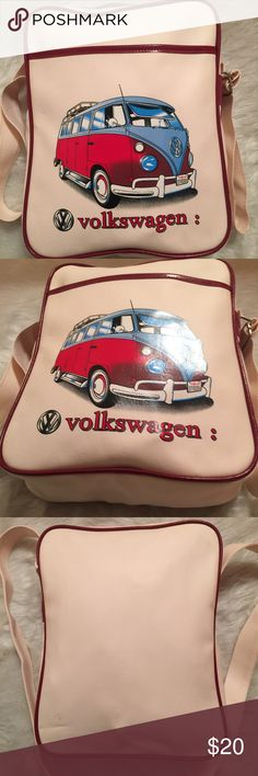 🚕VTG VOLKSWAGON CARRY ALL -TRAVELERS BAG-Purse 🚕VTG 60's🚕Material=Vinyl🚕Nice and Roomy on inside 🚕 The handles has two spots that I can see that you can see in Pic 4, where the handle somehow faded the burgundy of the trim🚕Never used 🚕NWOT🚕THE INTENTIONS WAS TO CARRY AS A 👛 PURSE OR COMPUTER BAG. UNBRANDED Bags Travel Bags