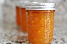 Vanilla Peach Bourbon Jam - canning this weekend, WAHOO!! (via @oobinsnaffa and her fantastic gifted jam!)