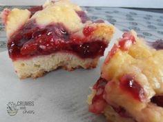 Cherry Pie Bars | crumbsandchaos.net | #dessert #cherry #bars