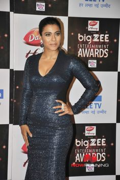 Celebs grace the Zee Cine Awards 2017 Pictures Hollywood Actress Name List, Most Beautiful Hollywood Actress, Hollywood Girls, Bollywood Actress Hot Photos, Beautiful Bollywood Actress, Bollywood Celebrities, Hot Actresses, Indian Actresses, Oscars Red Carpet Dresses