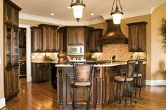Glen Abbey - Home Plans and House Plans by Frank Betz Associates