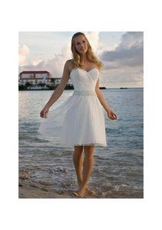 http://diyweddingplanner.hubpages.com/hub/Beach-Wedding-Ideas-The-Best-Beach-Wedding-Dress-Favors-Cakes Simple Wedding Gowns, Casual Wedding, Tea Length Wedding Dress, Wedding Dress Chiffon, Wedding Ideas, Gown Wedding, Tulle Wedding, Wedding Stuff, Wedding Bride