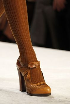 I cant begin to say how much this pleases me. Fendi | Fall 2011 Ready-to-Wear Collection