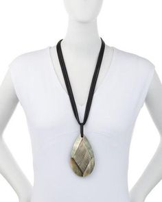 J16L2 Viktoria Hayman Faceted Mother-of-Pearl Pendant Necklace, Black