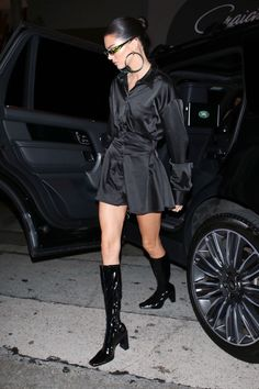 out in West Hollywood Model Outfits, Cute Outfits, Fashion Outfits, Kendall Jenner Outfits, Kendall And Kylie Jenner, Celebrity Outfits, Celebrity Style, Kardashian, Alexander Mcqueen